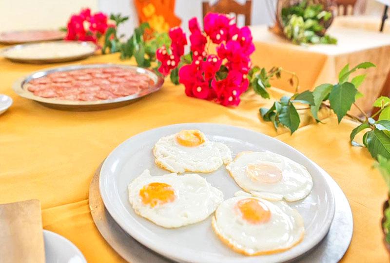 Континентальный завтрак в отеле на Искье
